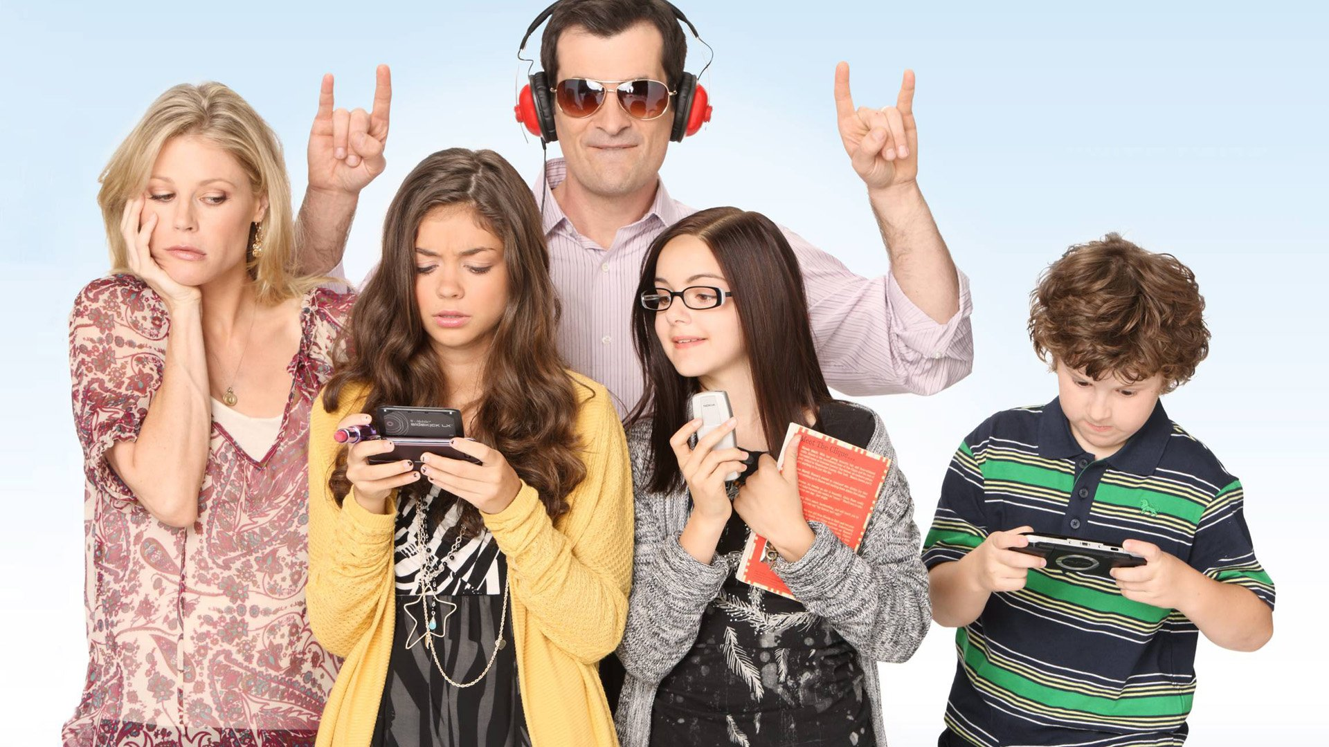 modern family wallpaper photo - photo #26